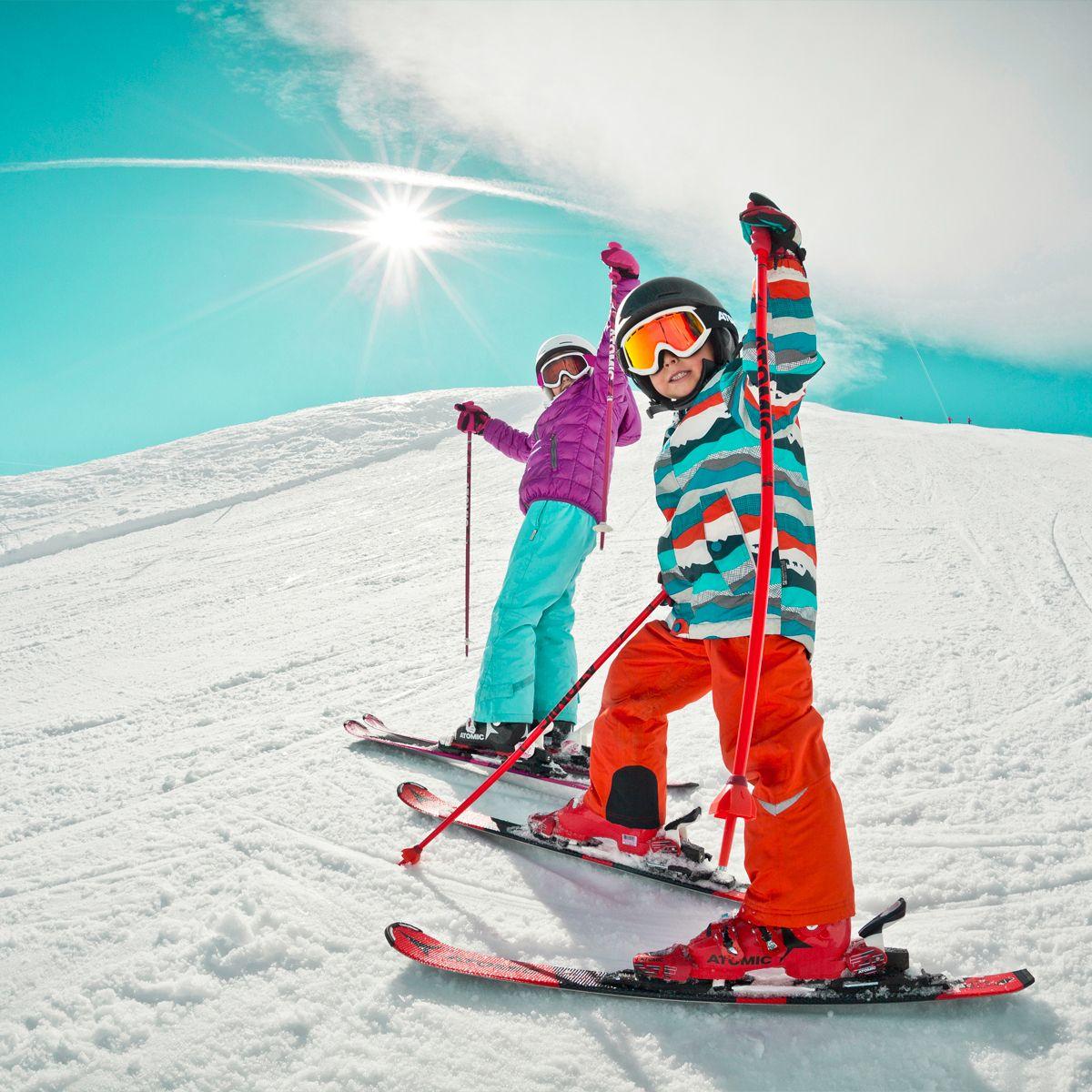 Skimax_Pujcovna_lyzi_snowboardu_bezek_kratkodobe_zapujcky_1