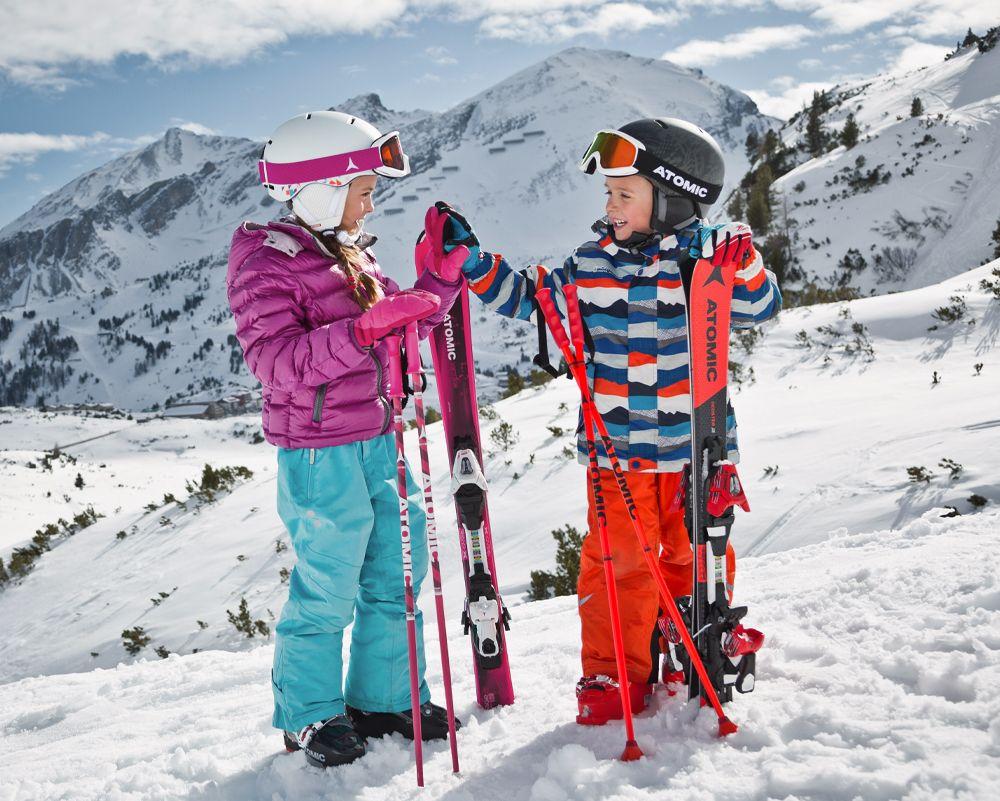 Kvalitná lyžiarska značka Atomic